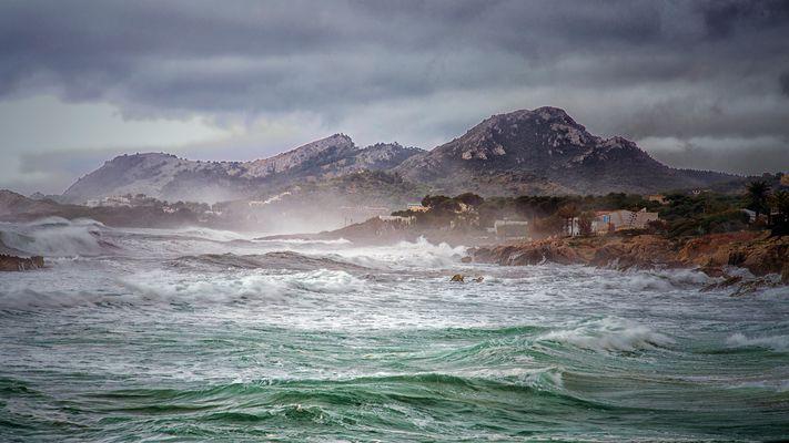 Stürmische Küste bei Cala Ratjada