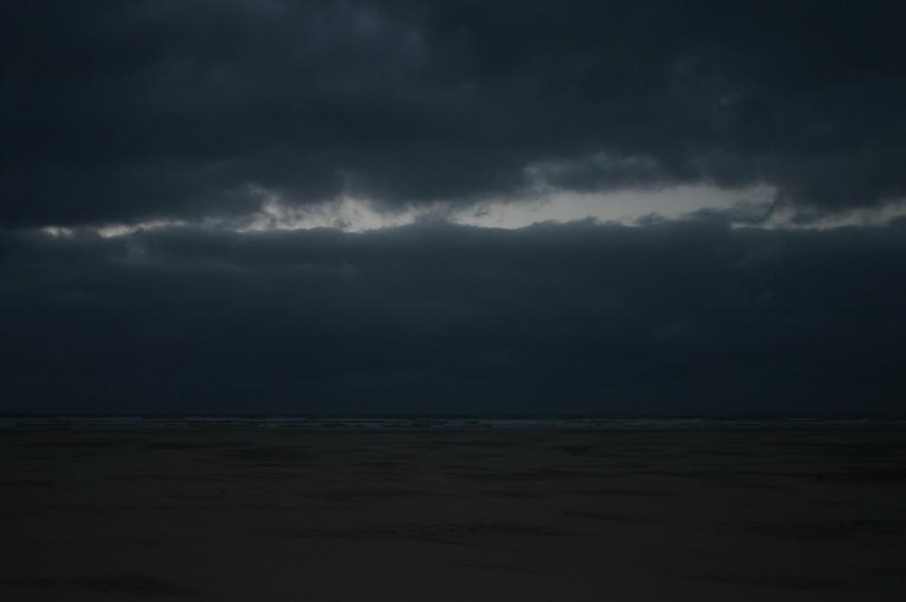 Stürmischer Nachmittag an der Küste