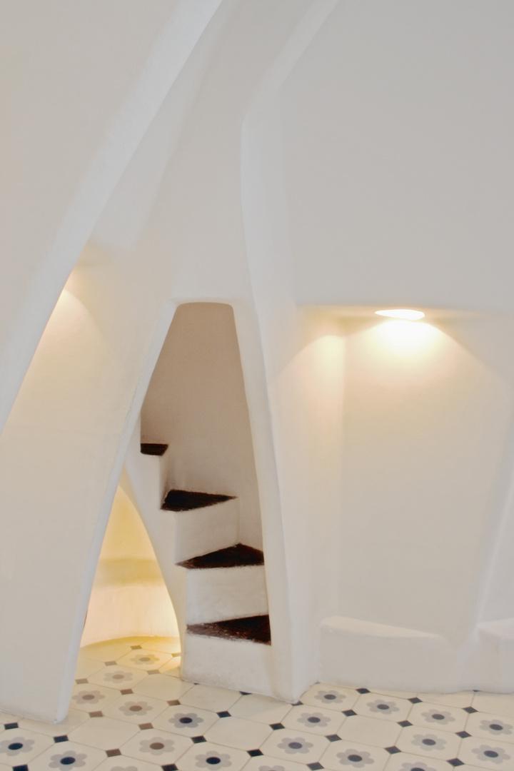 Stufen in weiß