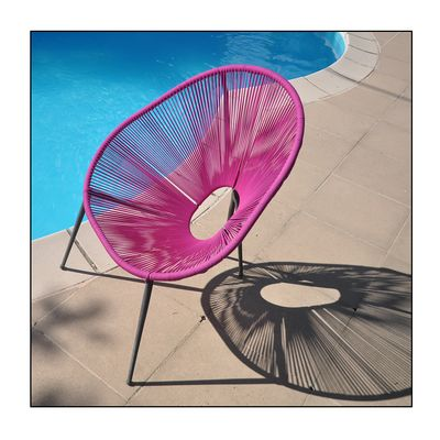 Stuhl am Pool