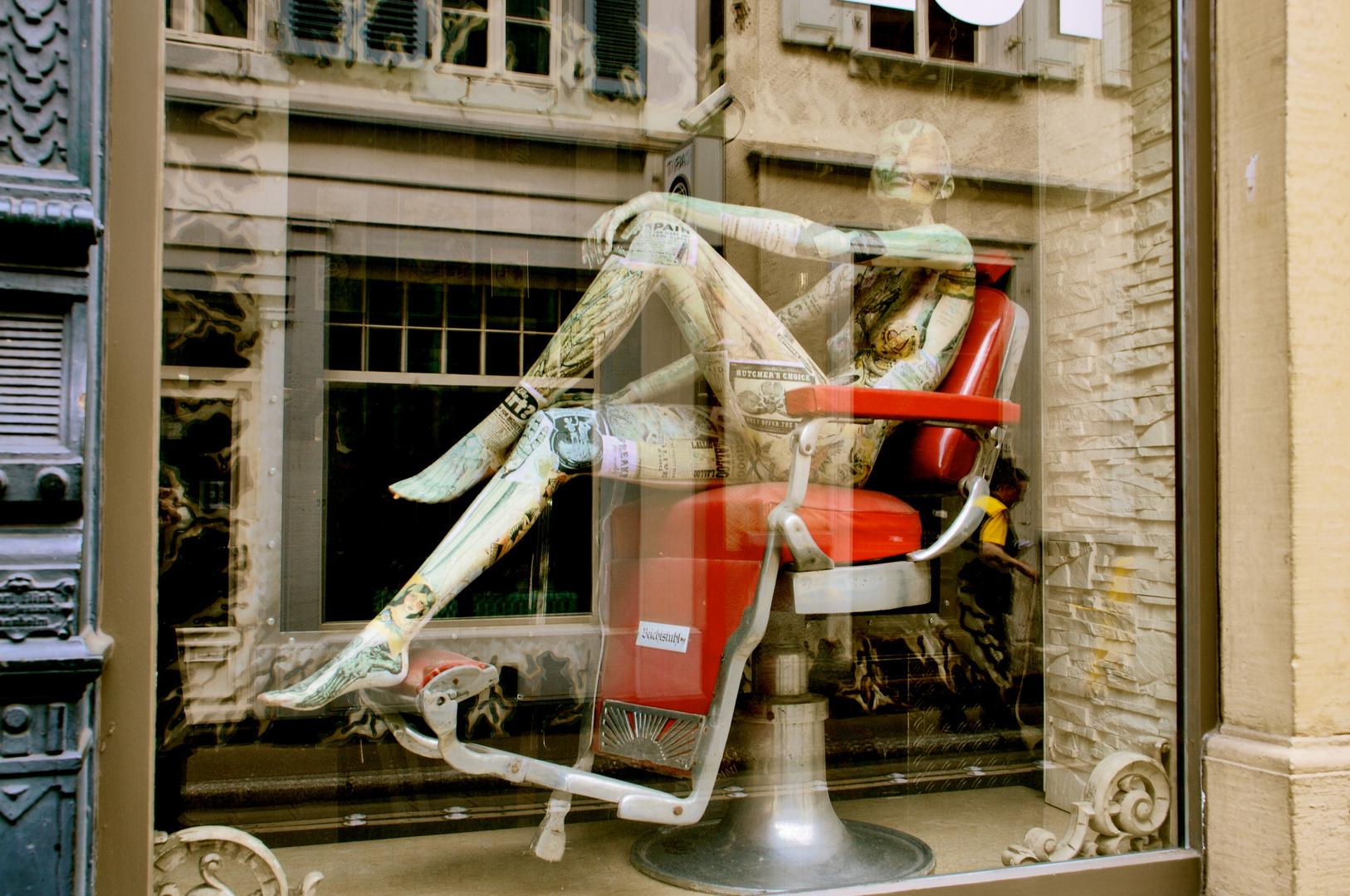 Stuhl in rot