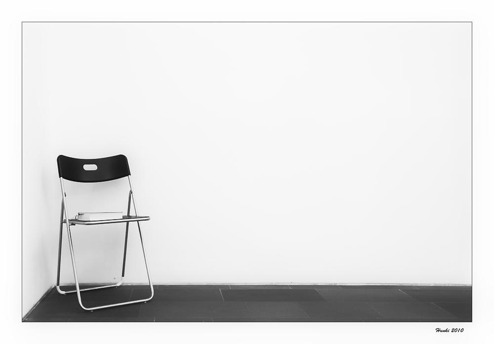 Stuhl mit Buch