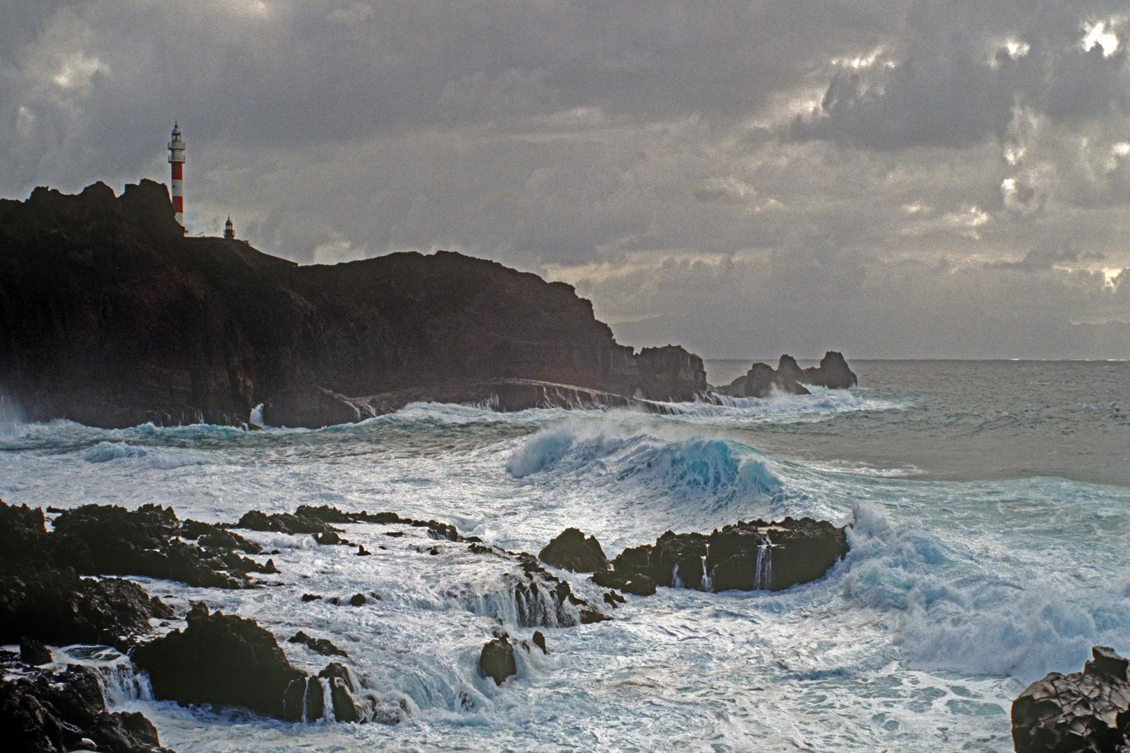 Sturm am Punto de Teno (Tenerife Norte 1994) II