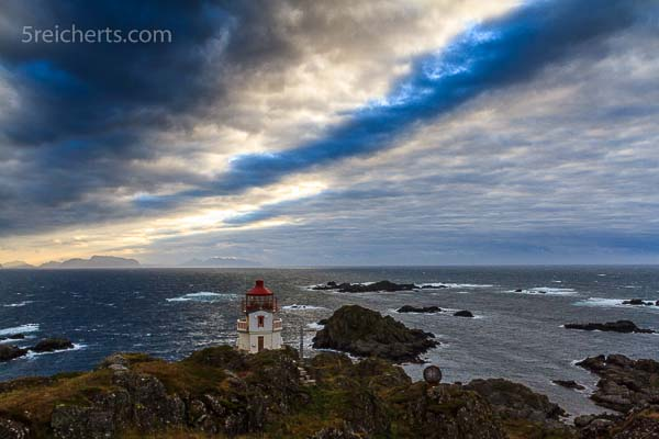 Sturm auf der Leuchtturminsel Litløy