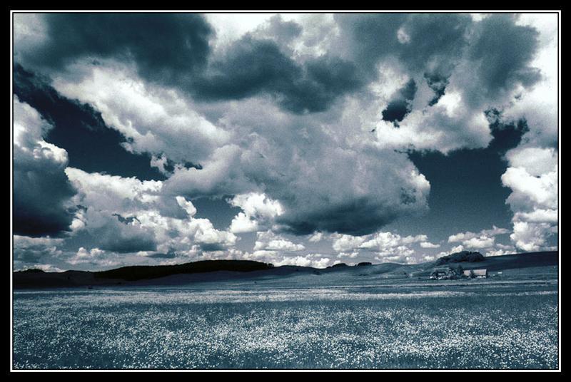 Sturmwolken-Mönchsgut-Rügen