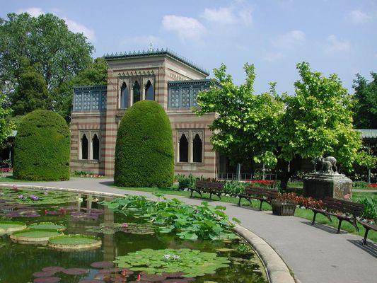 Stuttgart Natural Museum / Byzantine stylish palais