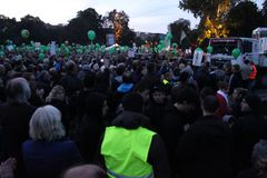 Stuttgart Park Kundgebung - 1.10 19:30h