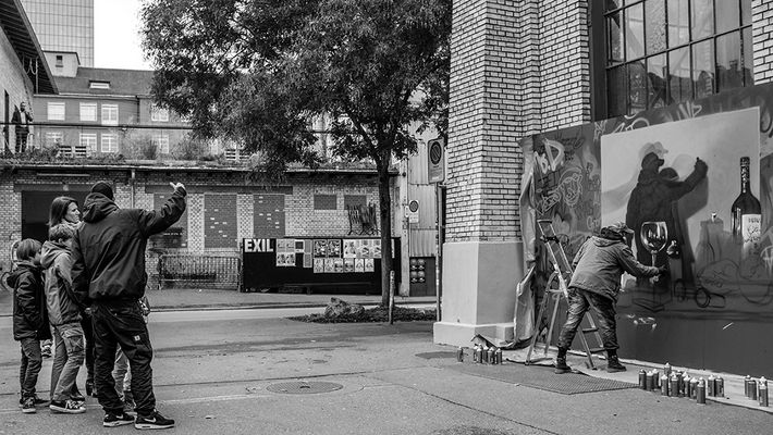 Su Sombra - Sein Schatten - Dedicada a Eduardo Castillo
