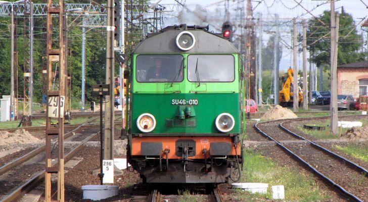 SU46-010