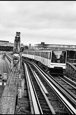 Subway H