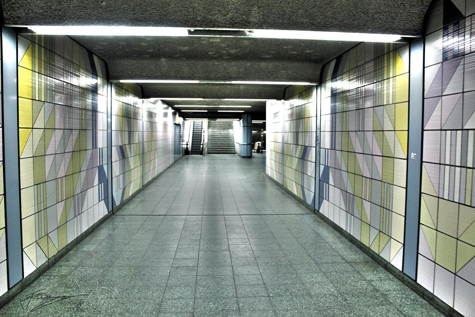 Subway-HDR