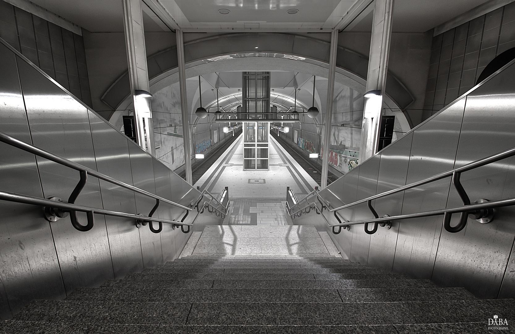 "Subway Station ""Kaiserlei"""