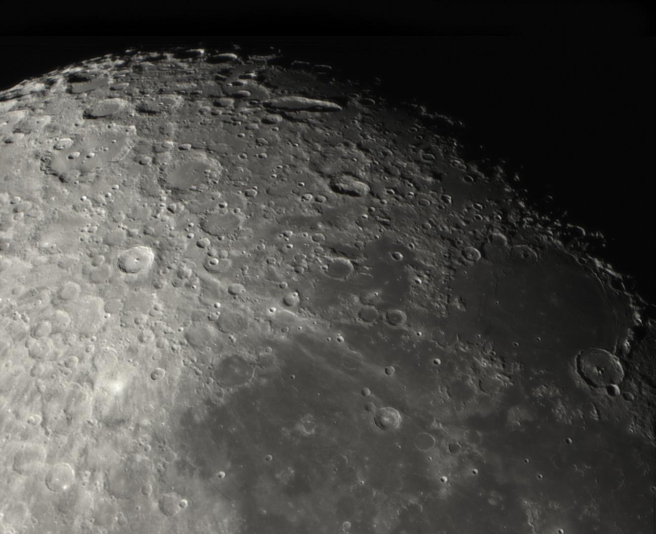 Süd Region des Mondes am 10.05.2014 um 23:38 Uhr