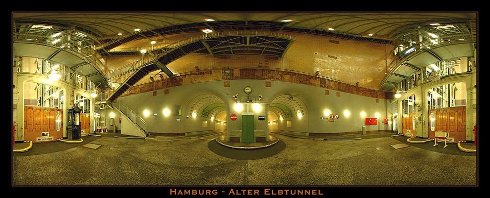 Südeingang - Alter Elbtunnel 360°