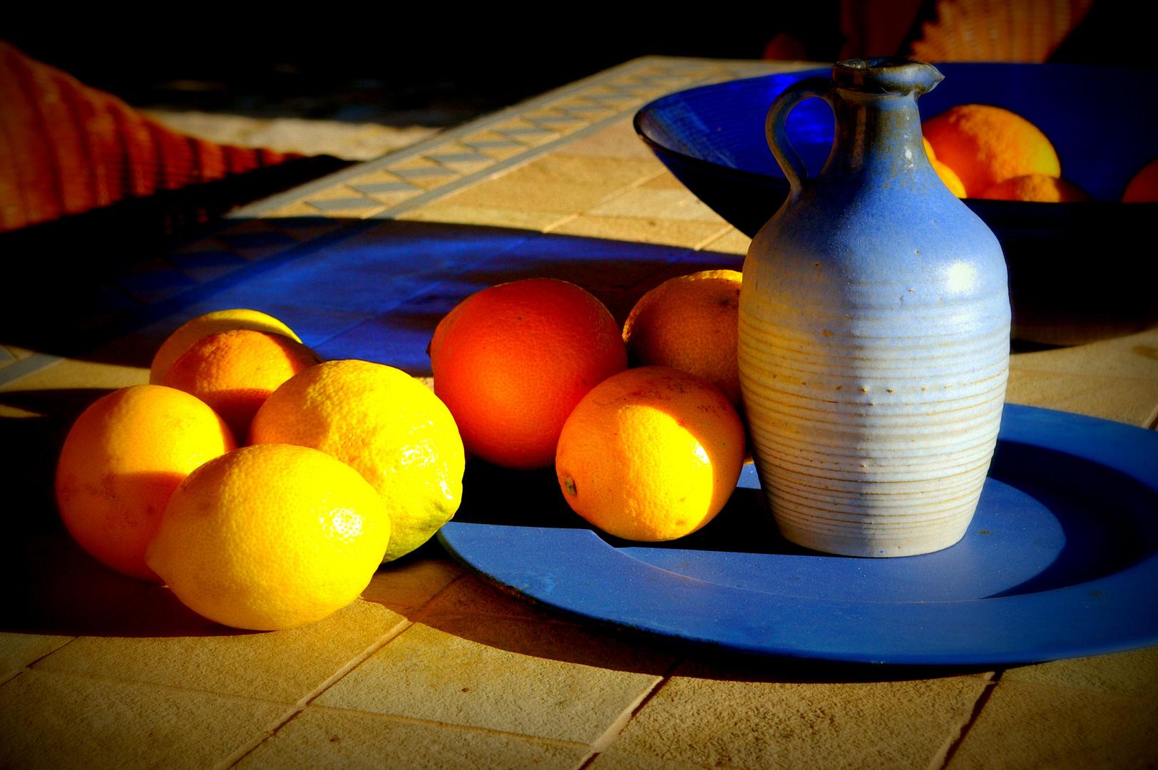 Südfrüchte und Landhausstil