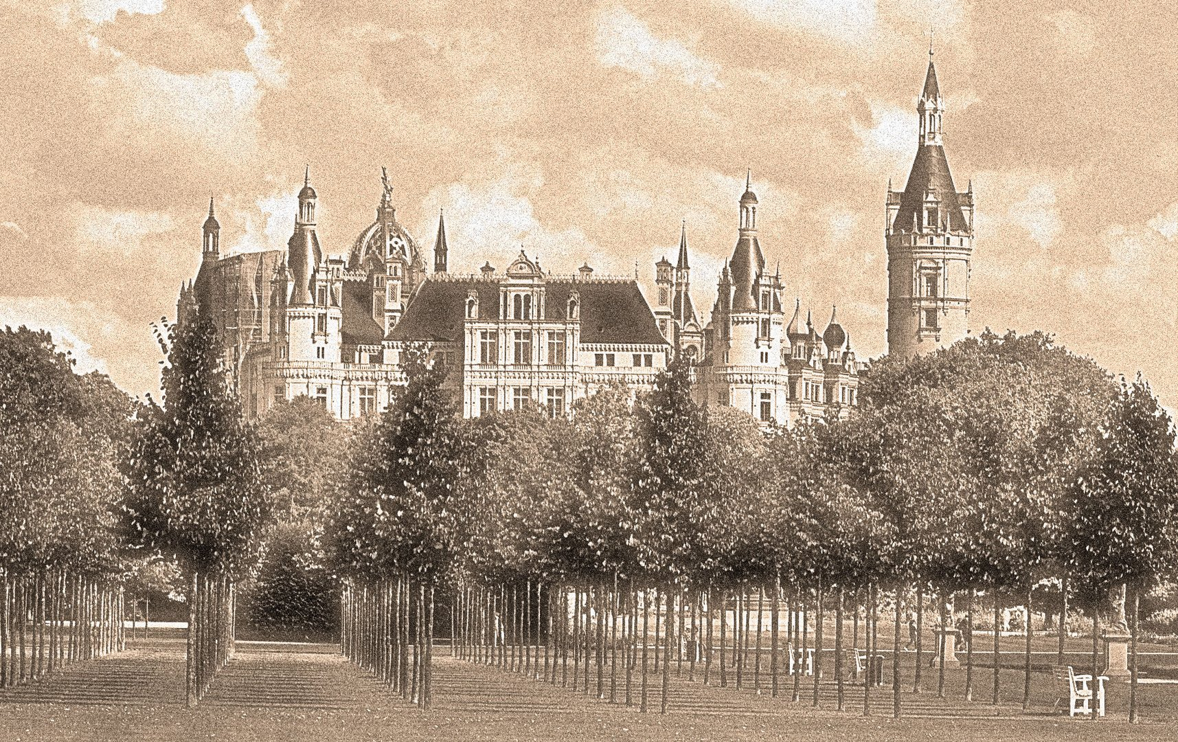 Südseite Schweriner Schloss 2013