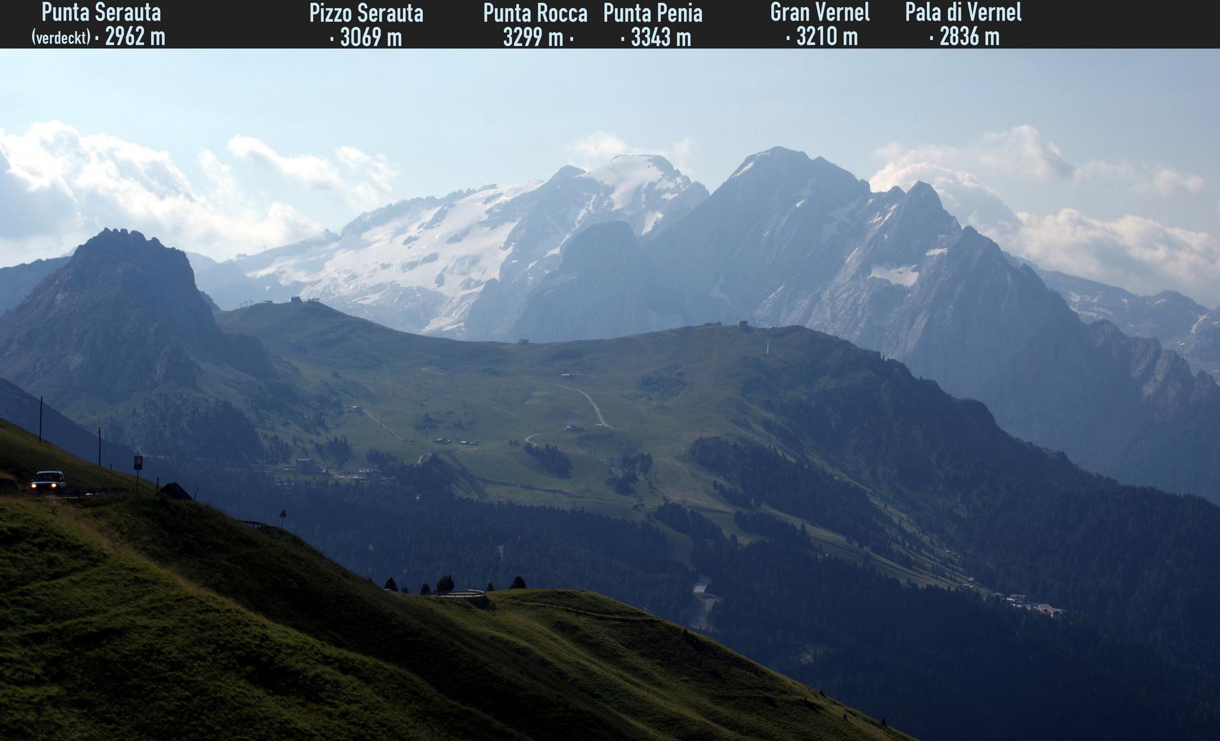 Südtirol: Die Marmolada-Gruppe, vom Pordoi-Joch aus gesehen