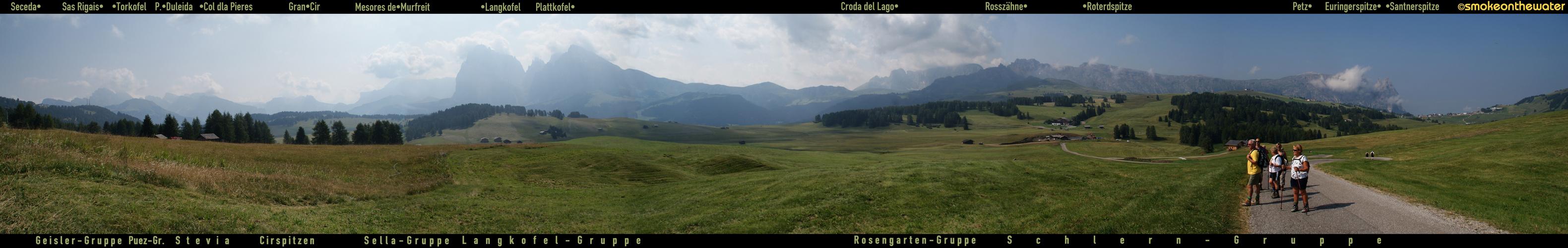 Südtirol: Panorama von der Seiser Alm …