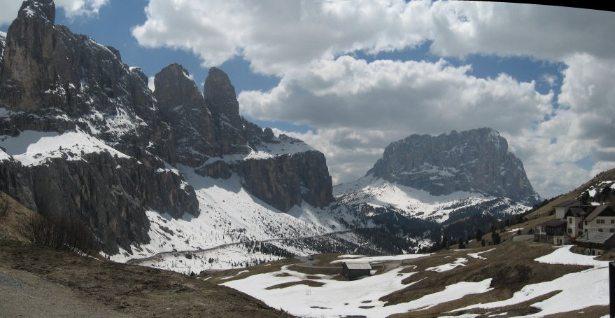 Südtirol, von Corvara über den Sella-Pass