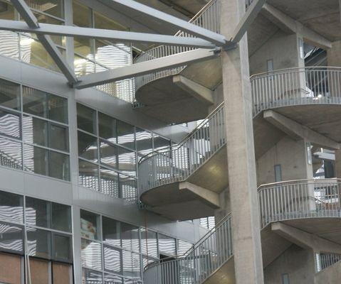 Südwestliches Treppenhaus der LTU-Arena in Düsseldorf