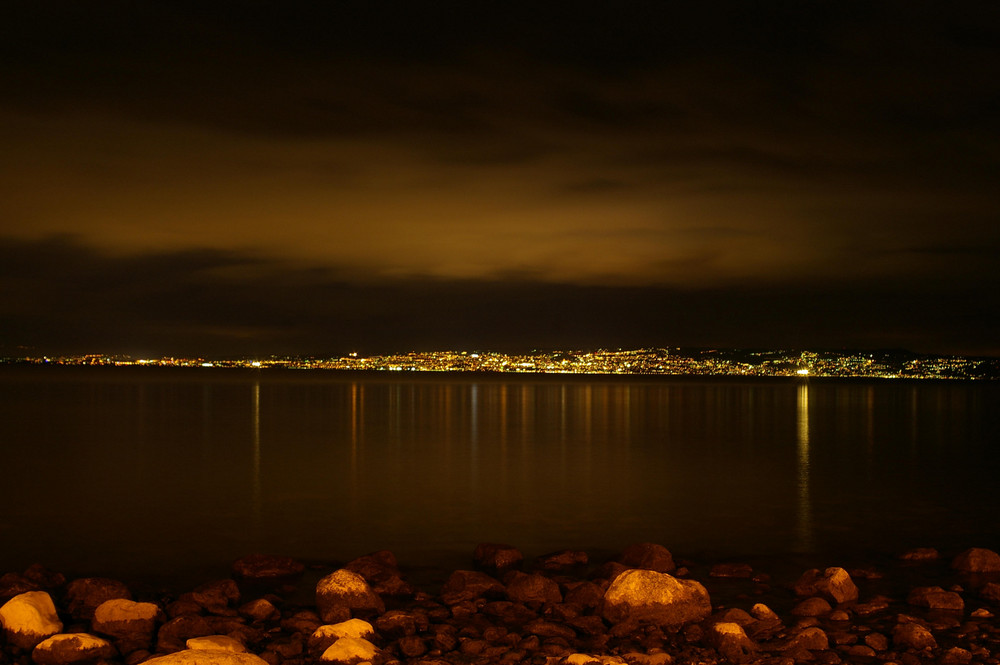 suisse by night