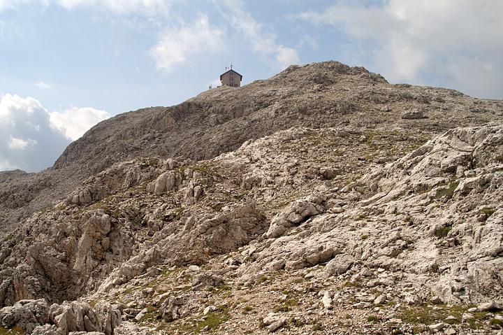 sul cocuzzolo della montagna