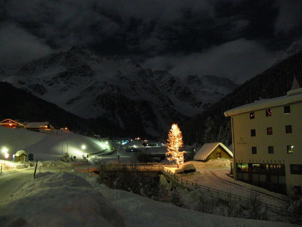 Sulden / Solda in Südtirol bei Nacht