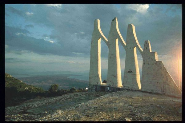 Sulioten-Denkmal, Zalongo - 2004