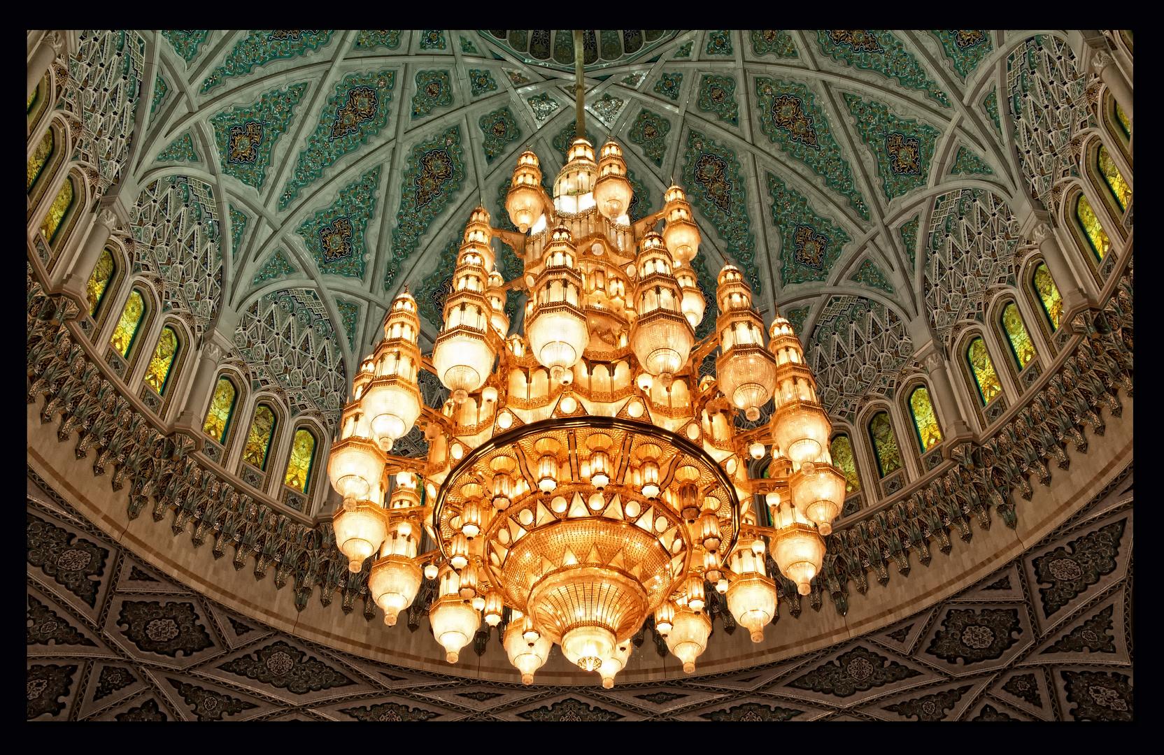Sultan Qaboos Moschee - Kronleuchter