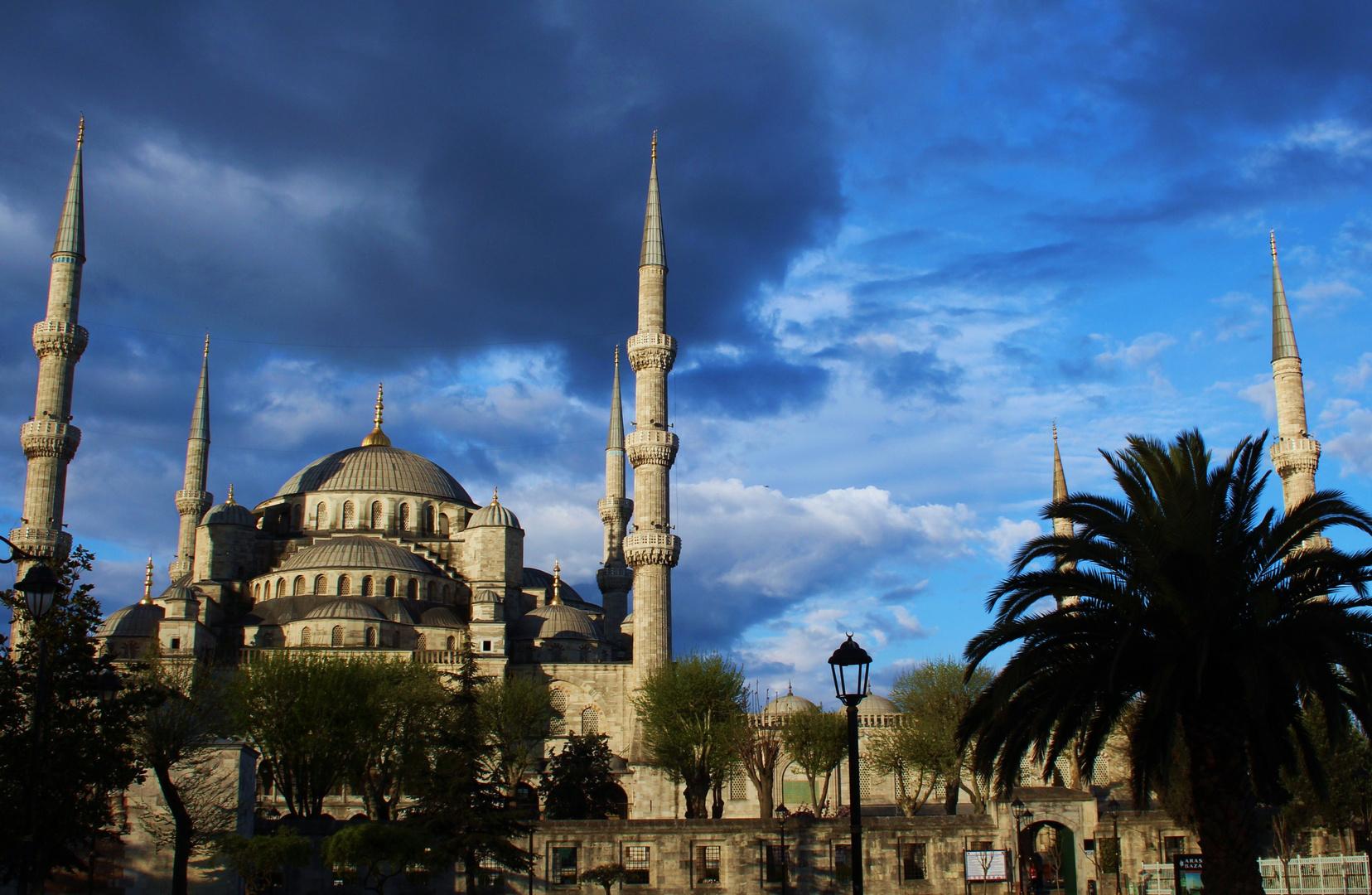 Sultanahmet-Moschee um 7 Uhr am Morgen