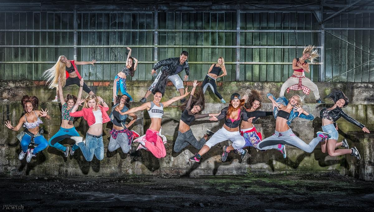 Summary Dancers