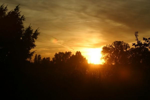 sun goes under