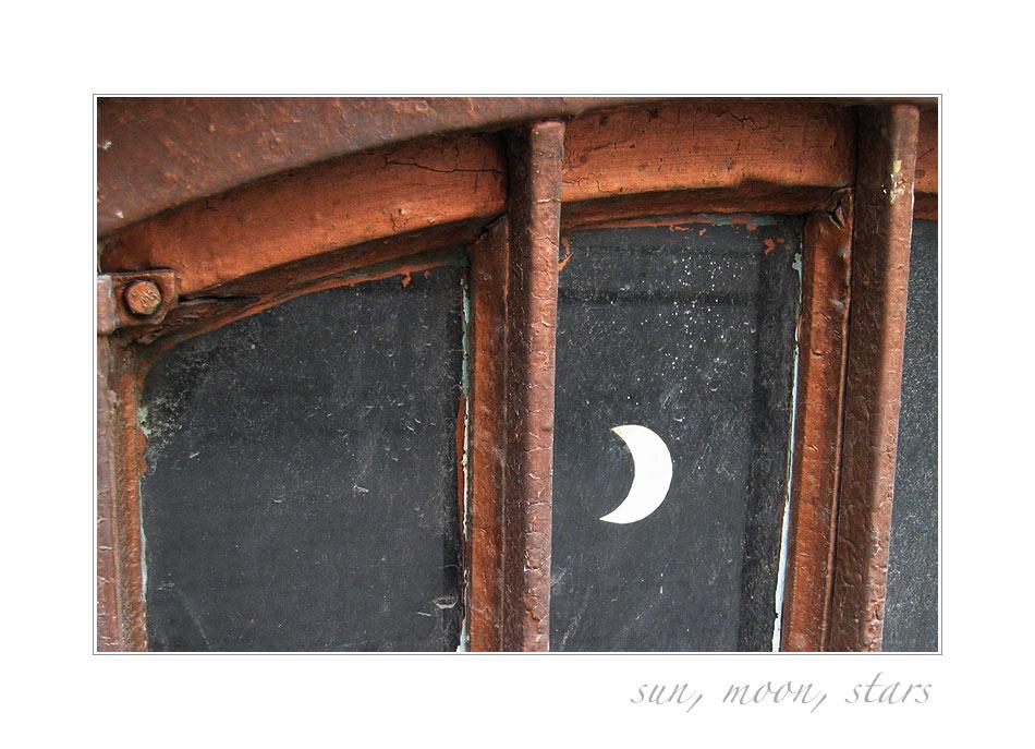...sun, moon, stars...