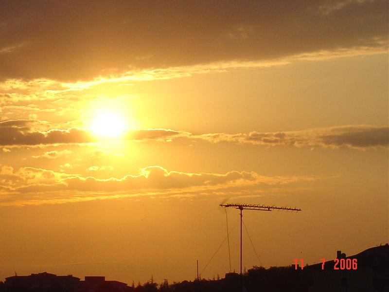 sun on set...