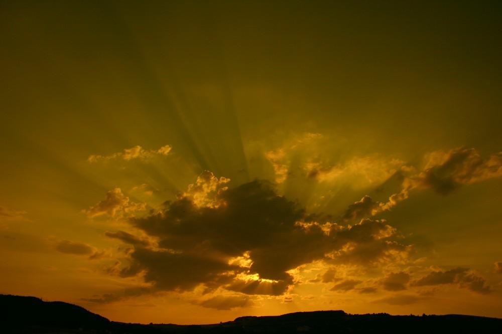 sun vs. cloud