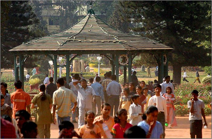 Sunday afternoon in Lalbagh