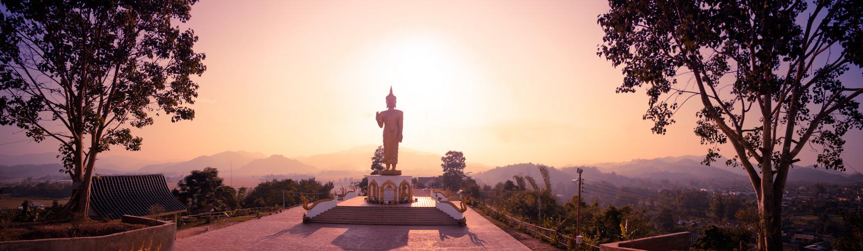 Sundown at the temple