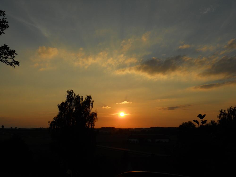 Sundown in Erdweg