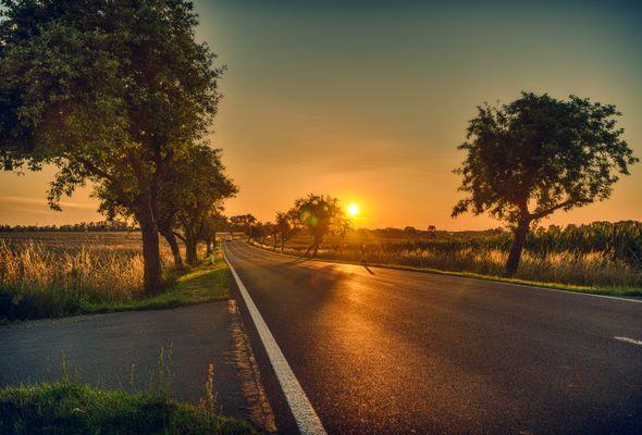 sundown near Linum