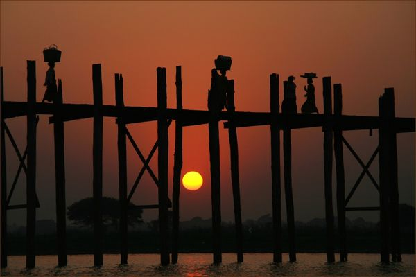 Sundowner in Myanmar