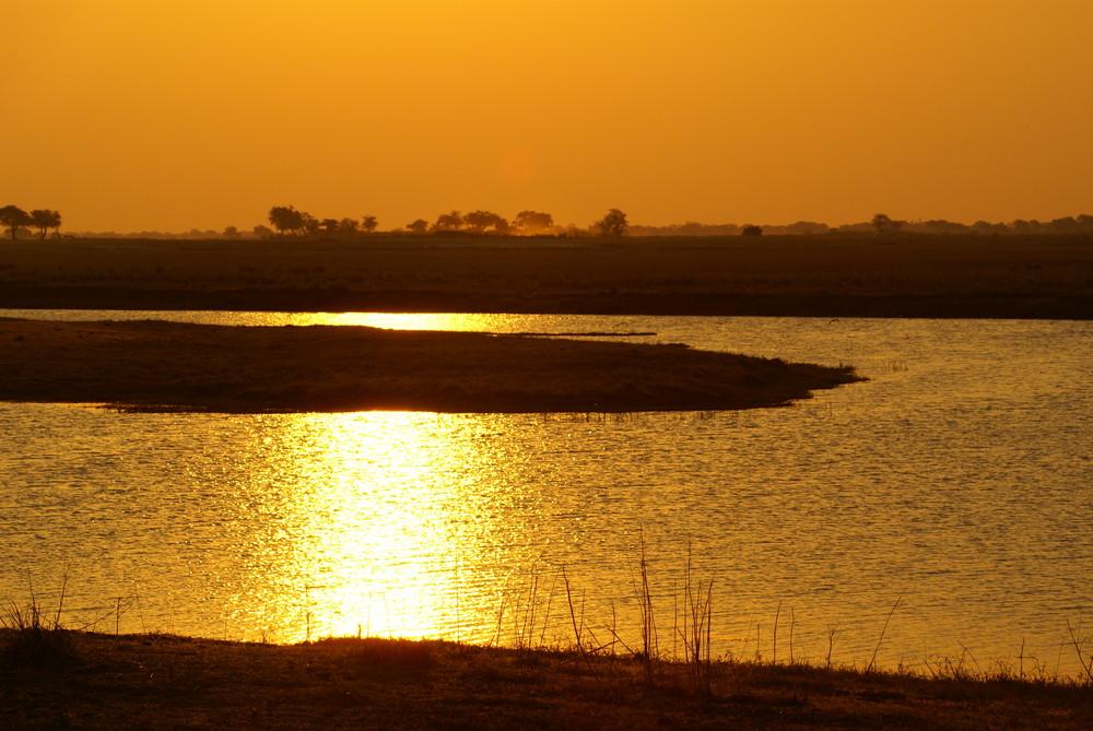 Sundowner über dem Chobe River