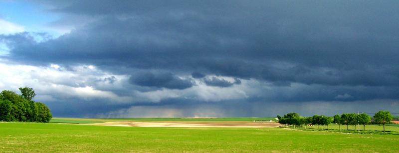 Sunny & stormy