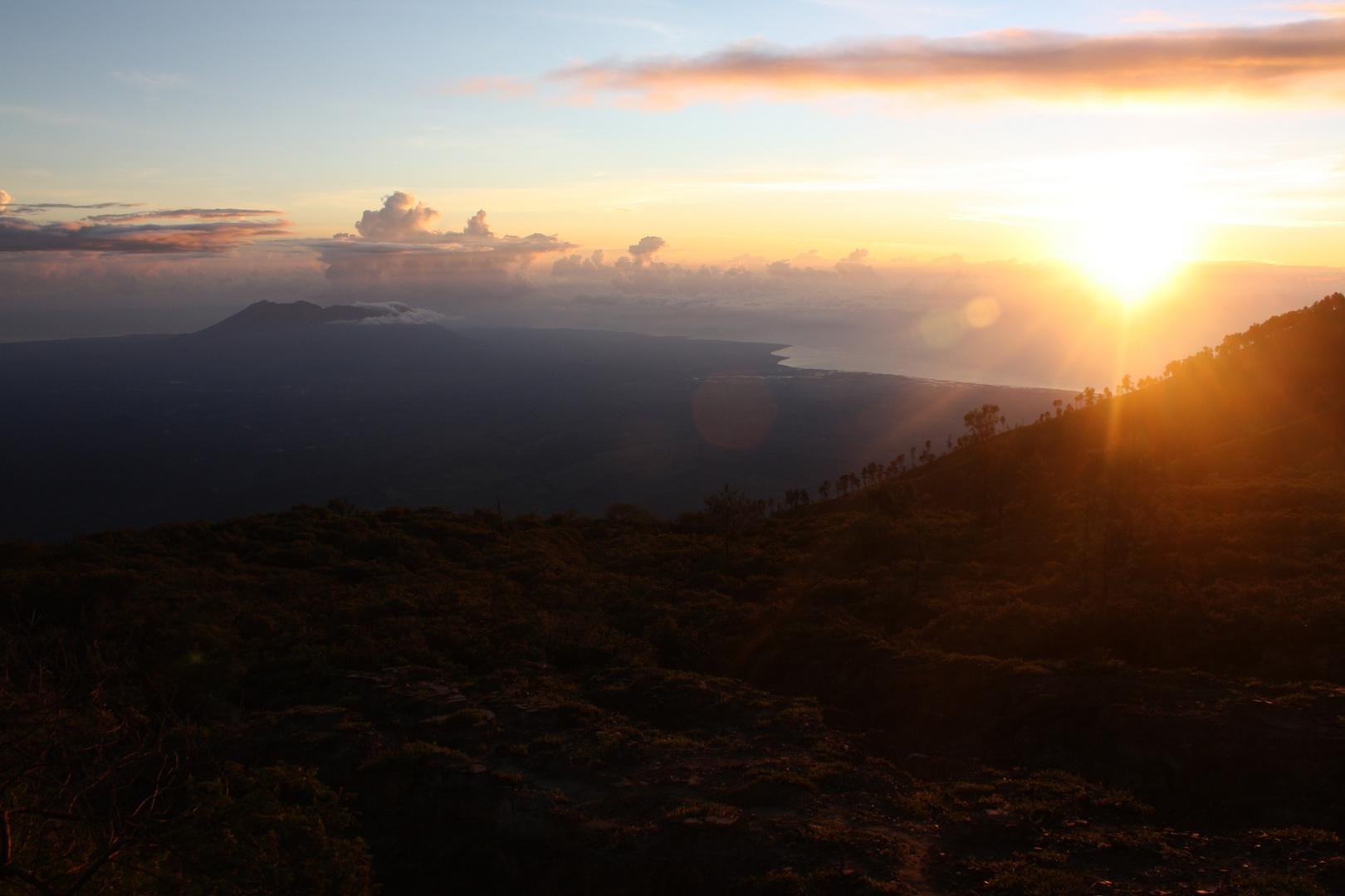 Sunrise at Kawah Ijen (no editing)