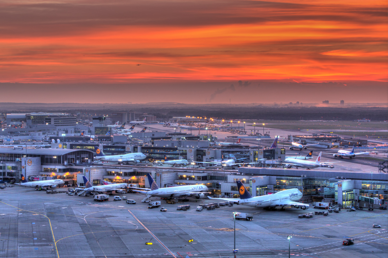 Sunrise @ Frankfurt Airport