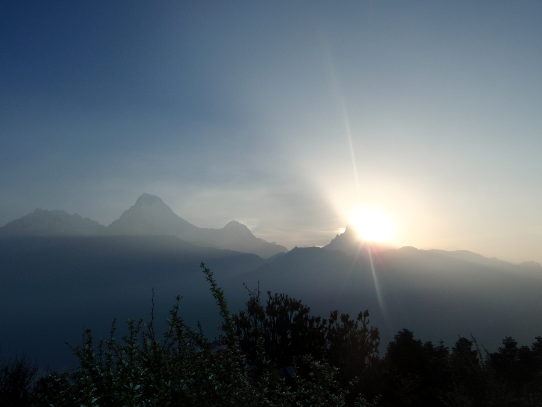 sunrising-poon hill