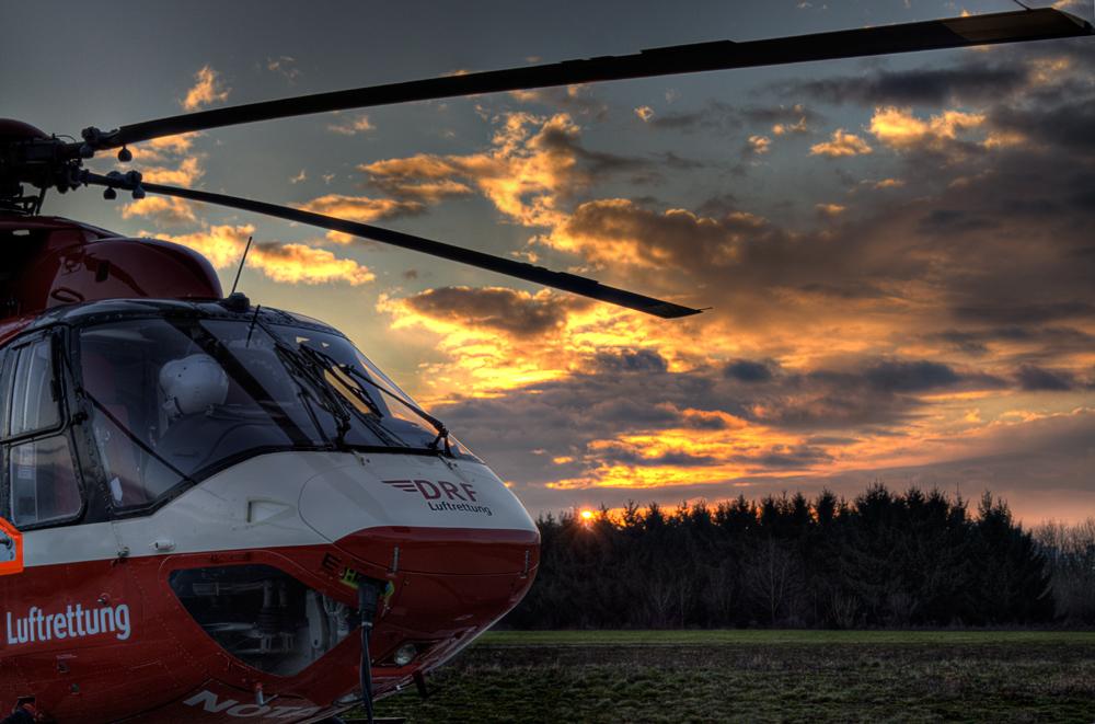 Sunset am Hangar