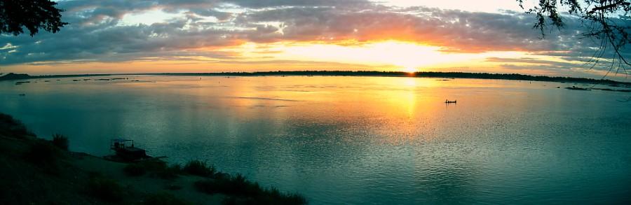 Sunset am Mekong