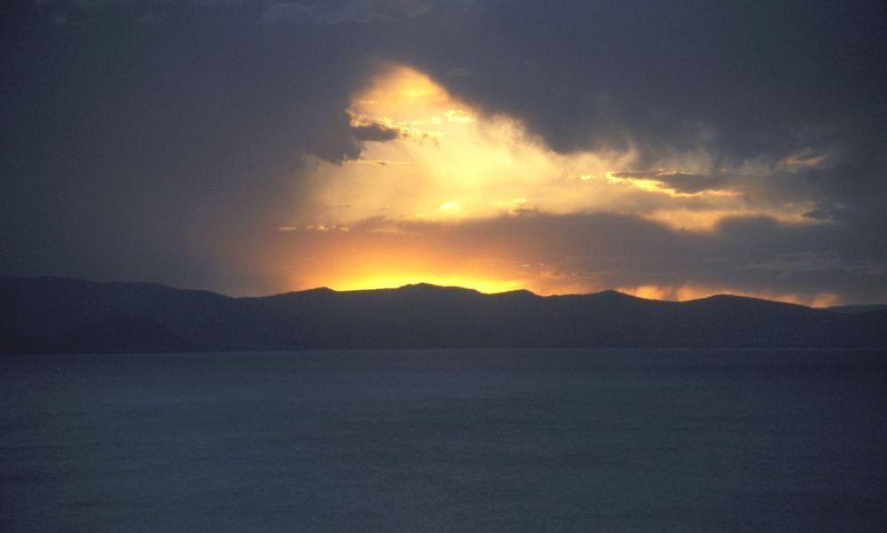 sunset am titicacasee