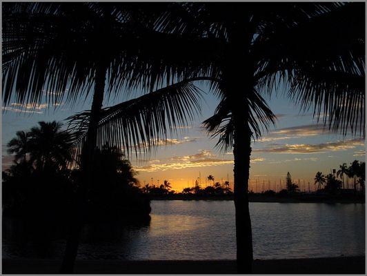 Sunset am Waikiki Beach