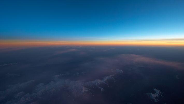 sunset at flight level 410